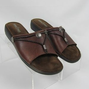 Minnetonka Sz 10 Silverthorne Brown Leather Slides